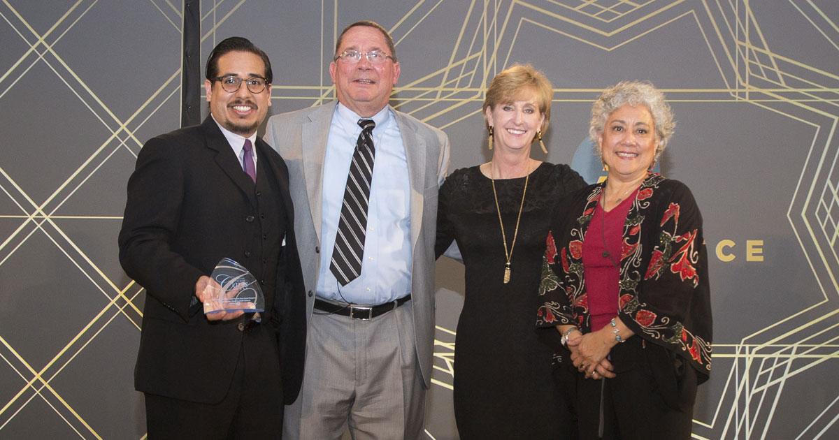 Ricardo Garay with Premiere Care Award