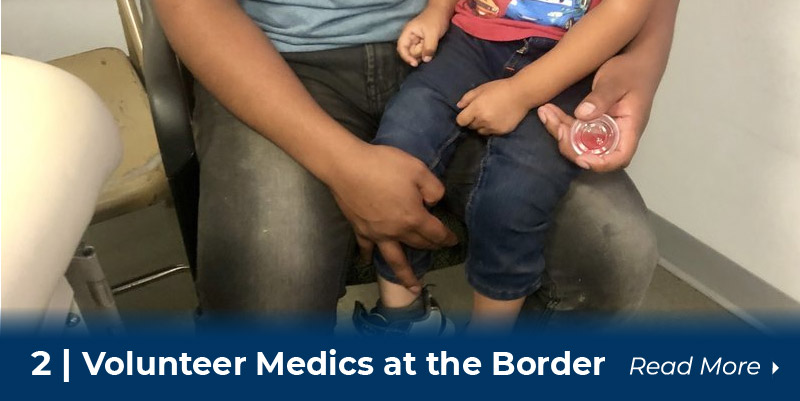 2 volunteer medics at border
